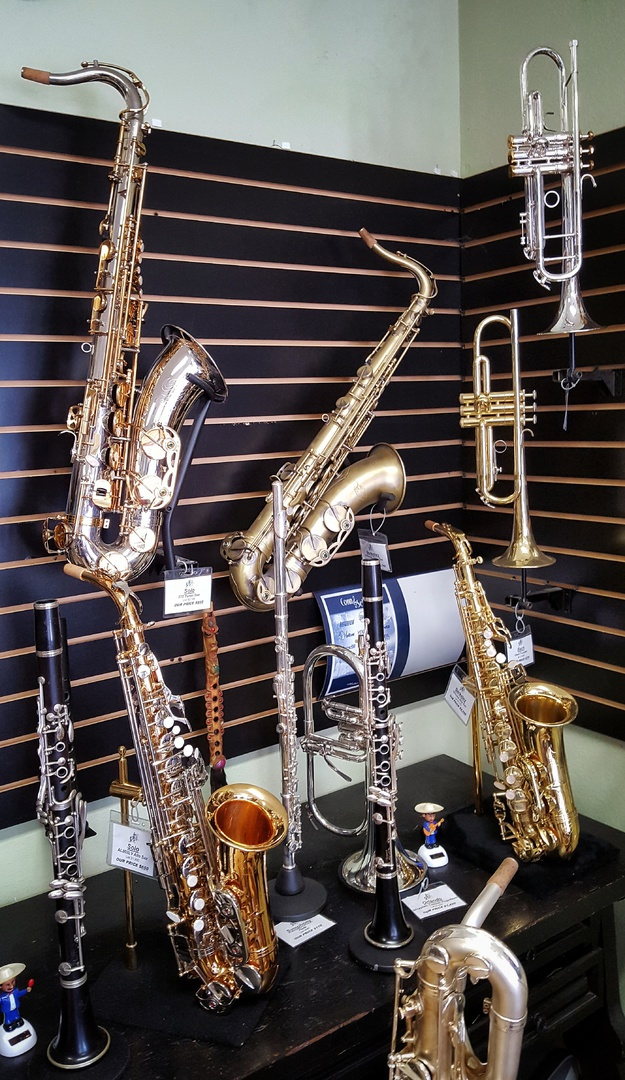Orlando S Wind Instruments Shop
